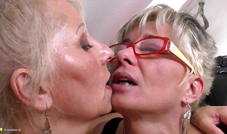 दो महिलाओं को एक आकस्मिक परिचित के साथ यौन सनी लियोन सेक्सी मूवी वीडियो संबंध के लिए करना चाहते हैं