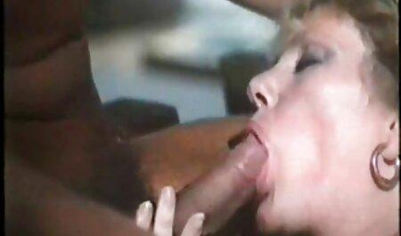 छोटे स्तन के साथ तेल और गधे को बीएफ फिल्म सेक्सी मूवी