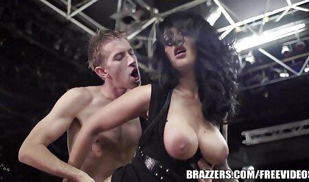 कैमरों से पहले उसके प्रेमी के सेक्सी मूवी हिंदी वीडियो साथ सेक्स