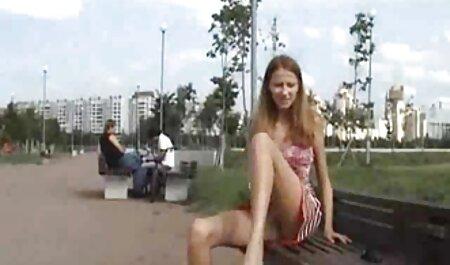 मालिश के फुल मूवी सेक्सी हिंदी सामने एक लंबे पैर के साथ एक लड़की