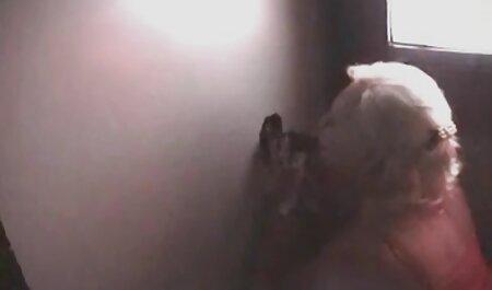 बेडरूम में एक बिल्ली के ऐश्वर्या राय सेक्सी मूवी वीडियो साथ लघु बैले