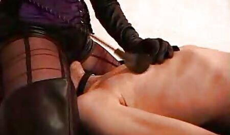 डॉक्टर सोनम कपूर की सेक्सी मूवी उसे परख होती है और एक-वह करने के लिए निर्धारित करता है