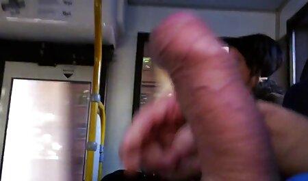 एक आदमी कपड़े पहने बड़े आदमी, गृहिणी सेक्सी वीडियो मूवी एचडी