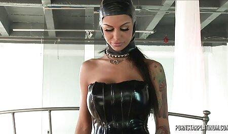 आदमी स्ट्रोक गीला जीभ, इंग्लिश सेक्स मूवी फिल्म आलीशान कुतिया के लिए लंबी जीभ
