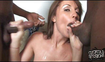सुडौल रूसी पत्नी और इंग्लिश सेक्सी फिल्म मूवी बाथरूम में महिलाओं