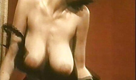 कैमरा हिंदी सेक्सी पिक्चर मूवी के सामने हस्तमैथुन कुंवारी लड़कियों