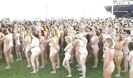 बीडीएसएम विचित्र एक पार्क में सेक्सी वीडियो हिंदी मूवी में एक नई लड़की है