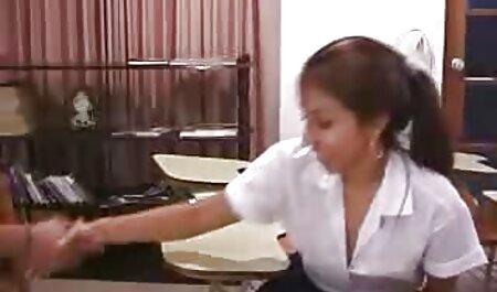 सुंदर पुनः सेक्सी मूवी फुल मूवी आरंभ करने के साथ छोटे स्कर्ट शिक्षक के साथ गोरा