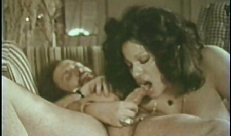 दो बड़े उसके माध्यम हिंदी फिल्म मूवी सेक्सी से एक छेद फट